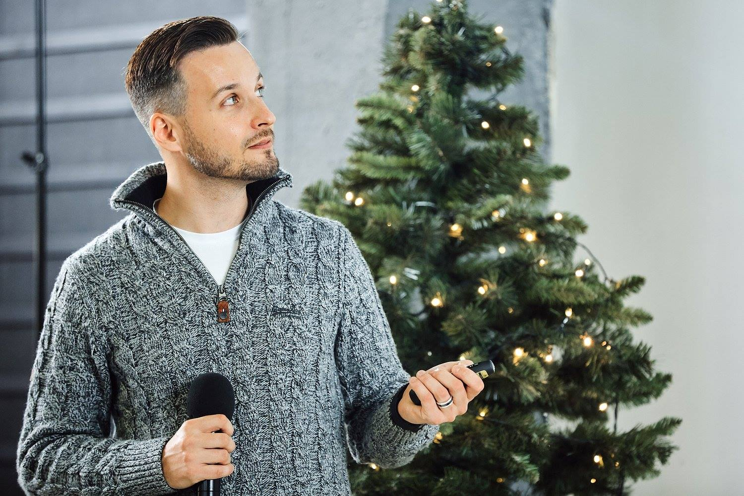 Michael Sender talking at SchibsTED Talks in December 2017, Minsk.